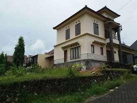 Rumah 3 lantai di taman mumbul,lokasi hook, kawasan perumahan