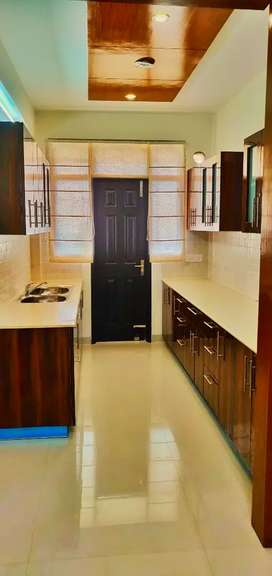 3bhk 2km from 8b