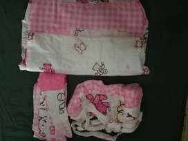 Dijual sepaket tas bayi selimut plus gendongan