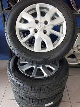 Velg Mobil Bekas New Brio Ring 14 + Ban achiles Lubang 4  x 100 Silver