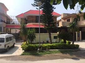 Bungalow for Sale in Islamabad F-11/3 ,Triple Story (50x90)