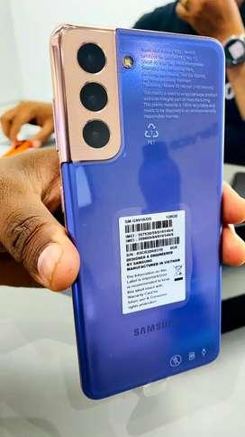 Brand new Samsung Galaxy S21 5G & Samsung Care+ & 2 yrs Warranty