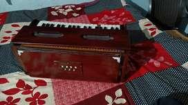 Musical instruments-Harmonium