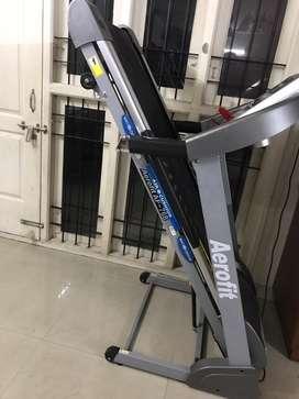 Aerofit AF768 motorised treadmill