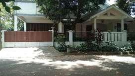 Rumah Asri Posisi Hoek Hadap Taman siap huni di Graha Cinere