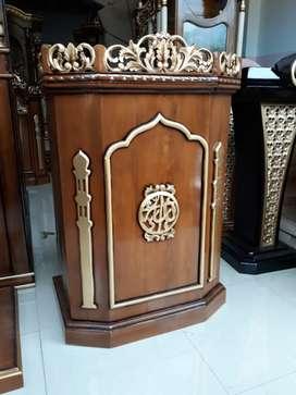 Mimbar masjid al aziz