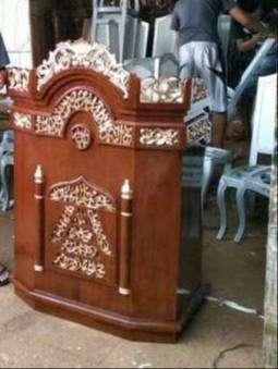 masjid podium umum