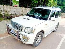 Mahindra Scorpio VLX 4WD Airbag AT BS-IV, 2013, Diesel