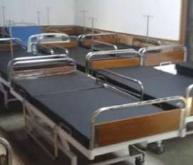 Tempat tidur pasien rumah sakit standart