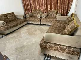 7 seater luxury sofa set , 2018  . Brown with caramel touch