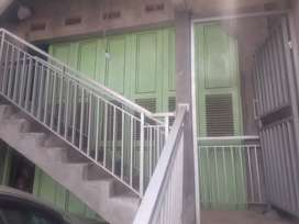Pintu Besi Henderson ukuran 12m persegi