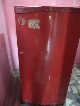Godrej refrigerator 195L cool single door with base drawer