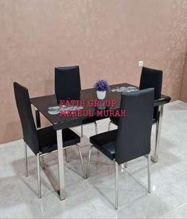 antar ke tempat meja makan kaca lapisan tempred glass kursi 4