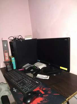 Assembled desktop pc