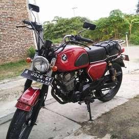 Honda CB Dream Basic Tiger