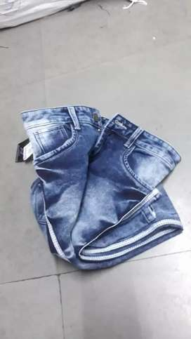 Branded jeans for cheap and best price