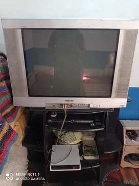 I wan to sell sony tv flat screen 32 inches