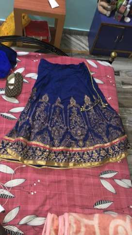 Selling lehenga chunni with blouse at a very