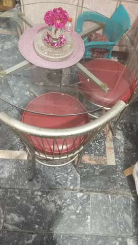 Glass Table 4 chair fine condition