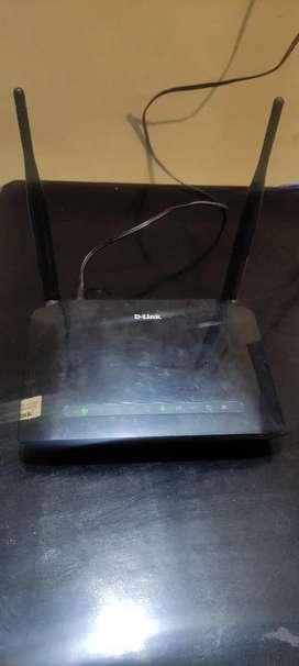 DLINK ADSL WIFI ROUTER DSL-2750U