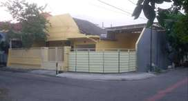 Rumah Griya Kebraon Tengah Kondisi Siap Huni Lokasi Padat Penduduk