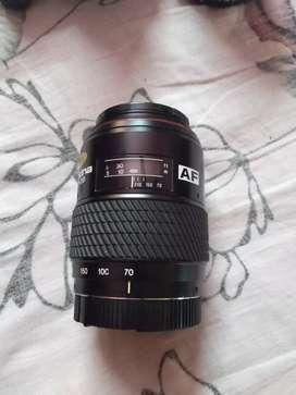 Tokina 70-210mm f/1:4-5:6 af sd universal telephoto zoom lens
