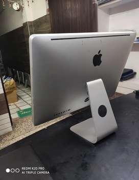 Apple iMac cor i5 processor 8 GB ram 500 GB HDD Mac os sierra 26999 rs