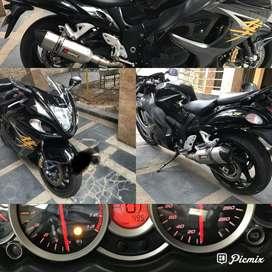 Suzuki hayabusa 1.300cc black