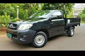 Toyota Hilux Pickup BENSIN 2010