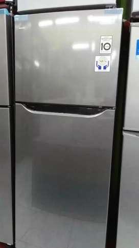 Kulkas 2 pintu LG inverter ( bisa dikredit)