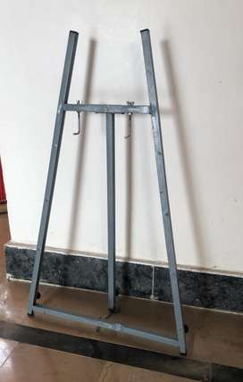 Painting stand