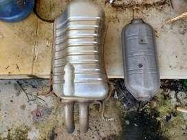 Dijual knalpot OEM w203 c240 lengkap dengan resonator tengah