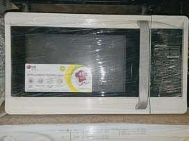 L.G 28 liter solo microwave