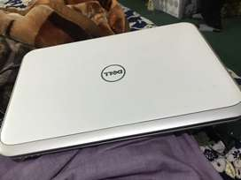 Dell insperion 5520 Core i3