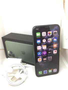 Apple iphone 11 pro 64GB FLAWLEES CONDITION WARANDY available**