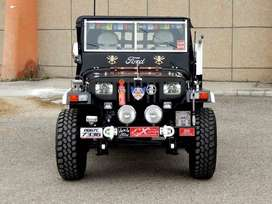 Black shine willy jeep