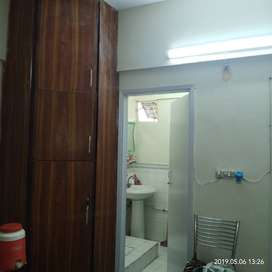 1 bed lounch best location