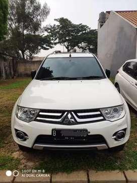 Mitsubishi Pajero dakar 4x4 automatic th 2014 w.putih