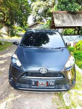 Dijual Toyota Sienta 1.5 E