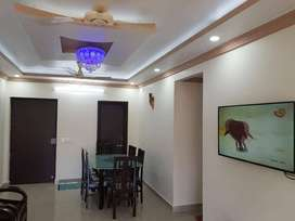 2 bhk luxurious fully furnished flat for rent in heart of the city