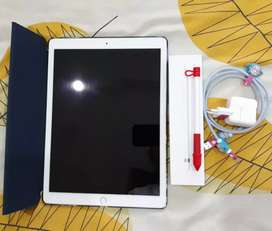 Di jual ipad pro second gen + apple pencil. Rp. 12,7k nego