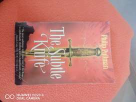 Philip pullman's 'The Subtle knife' book