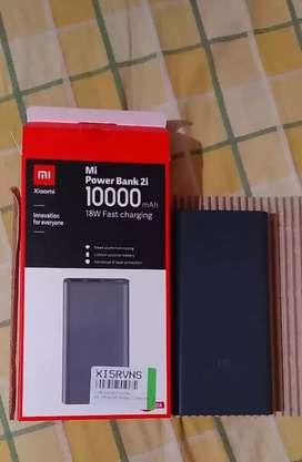 Mi power bank 10000 Mah, 18w