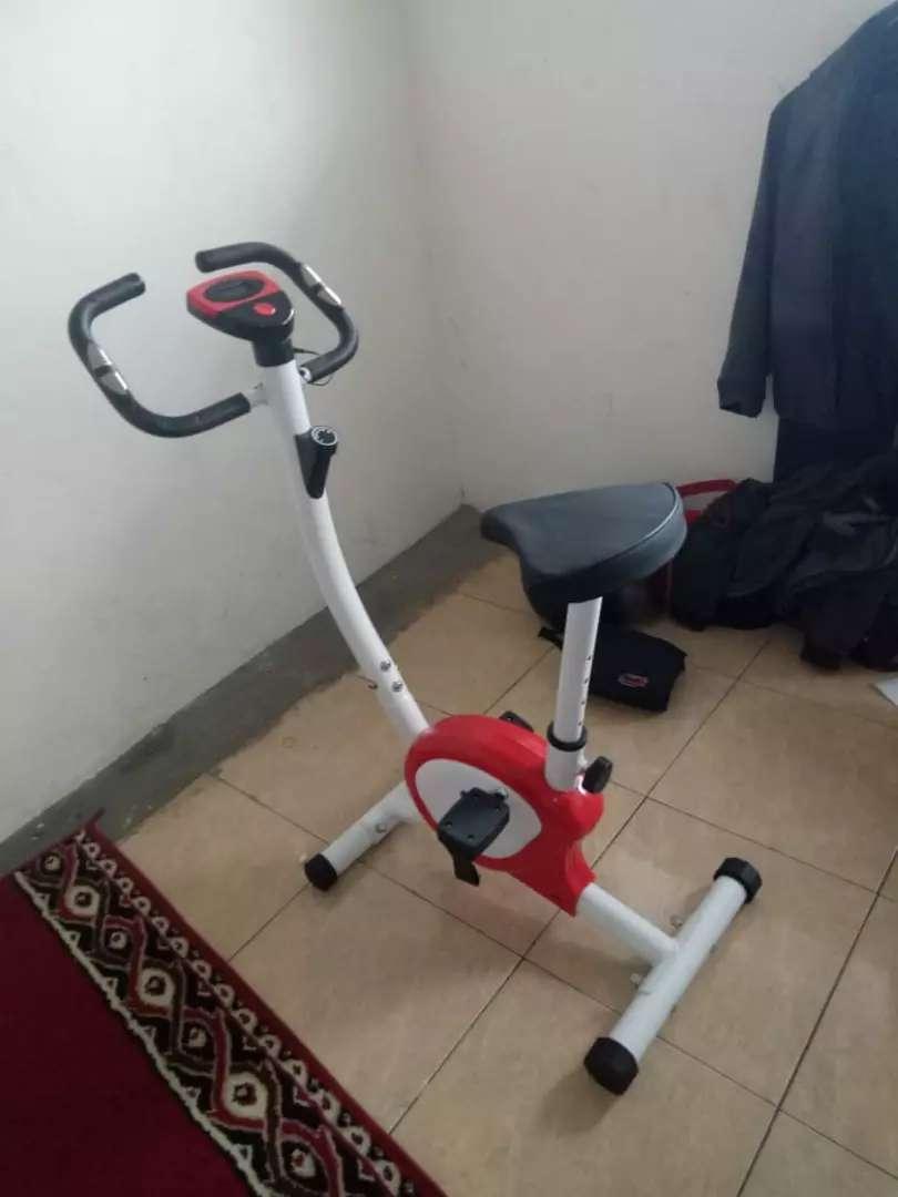 Belt fitnes bike sepeda statis