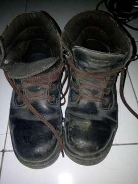 Sepatu K2 jual murah