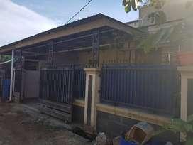 Rumah kontrakan/dijual