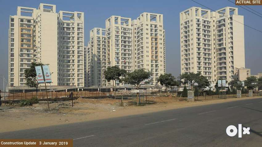 Ready to Move 3 BHK Flats for Sale in Bhiwadi at Capital Greens 0