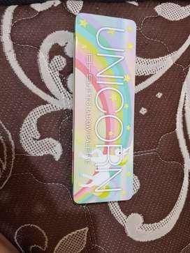 Unicorn eyeshadow palette tin 12 piece