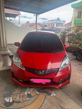 Honda Jazz Merah 1.5 E 2012