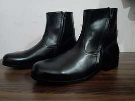 Brand New Genuine Leather Boots - Imported
